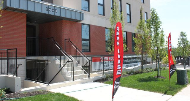 Looking for a lease in September minutes away from UOIT/Durham College?